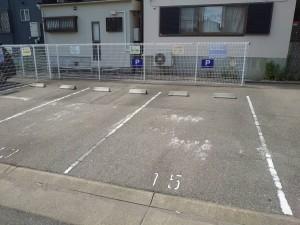 店舗駐車場のご案内